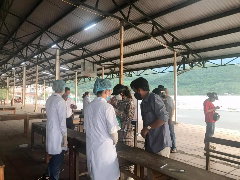 Sinh viên Y - Dược tình nguyện ra quân hỗ trợ các chốt kiểm soát y tế
