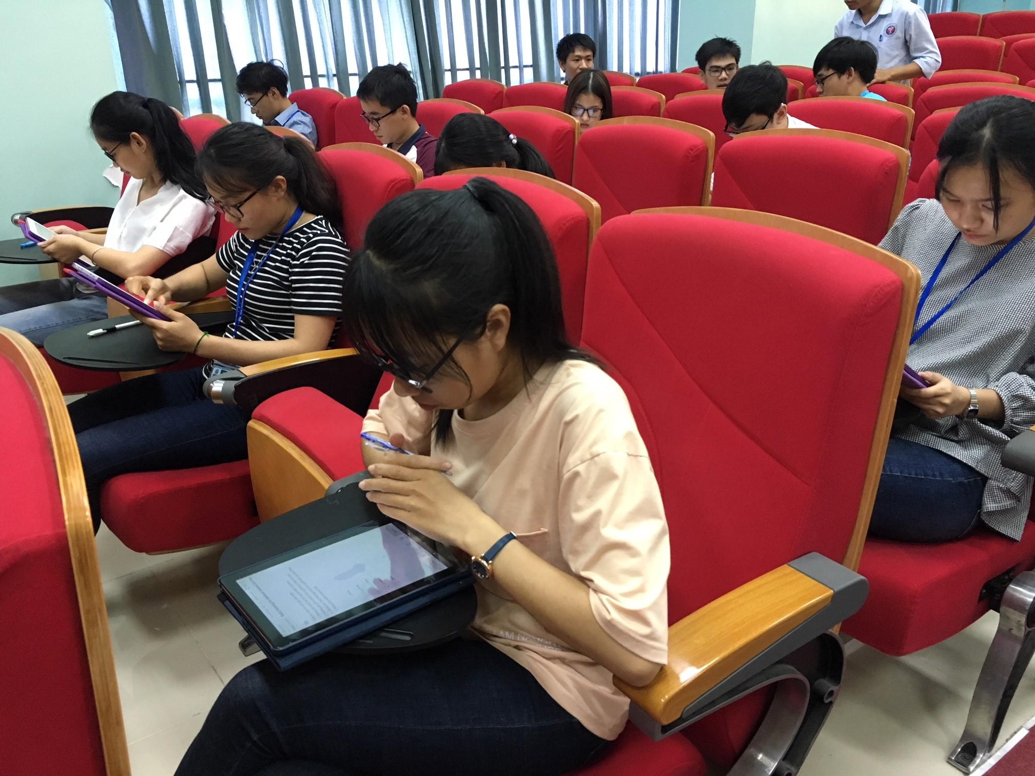 Trường Đại học Y Dược Huế tổ chức triển khai thí điểm công nghệ UBT trong kiểm tra, đánh giá sinh viên