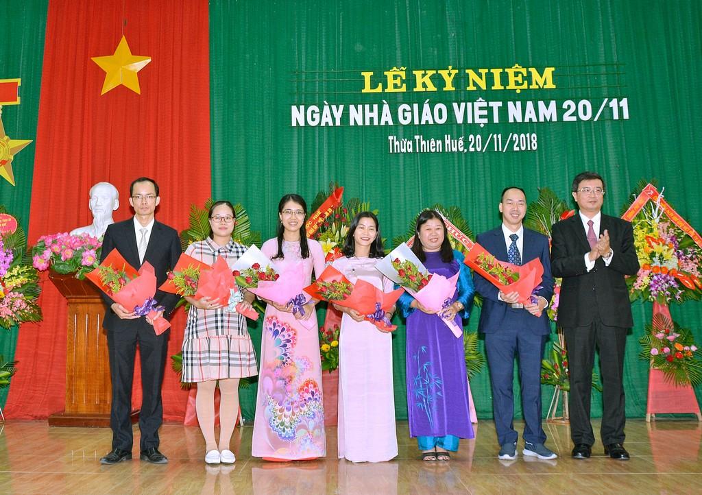 Lễ kỷ niệm 36 năm ngày Nhà giáo Việt Nam 20-11