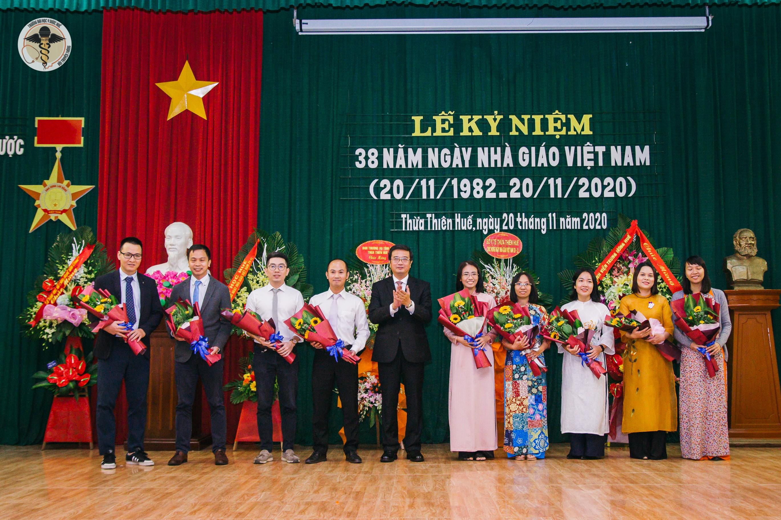 Lễ kỷ niệm 38 năm ngày Nhà giáo Việt Nam 20-11