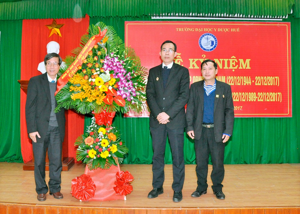 Lễ Kỷ niệm 73 năm ngày thành lập Quân đội nhân dân Việt Nam và 28 năm ngày hội Quốc phòng toàn dân.