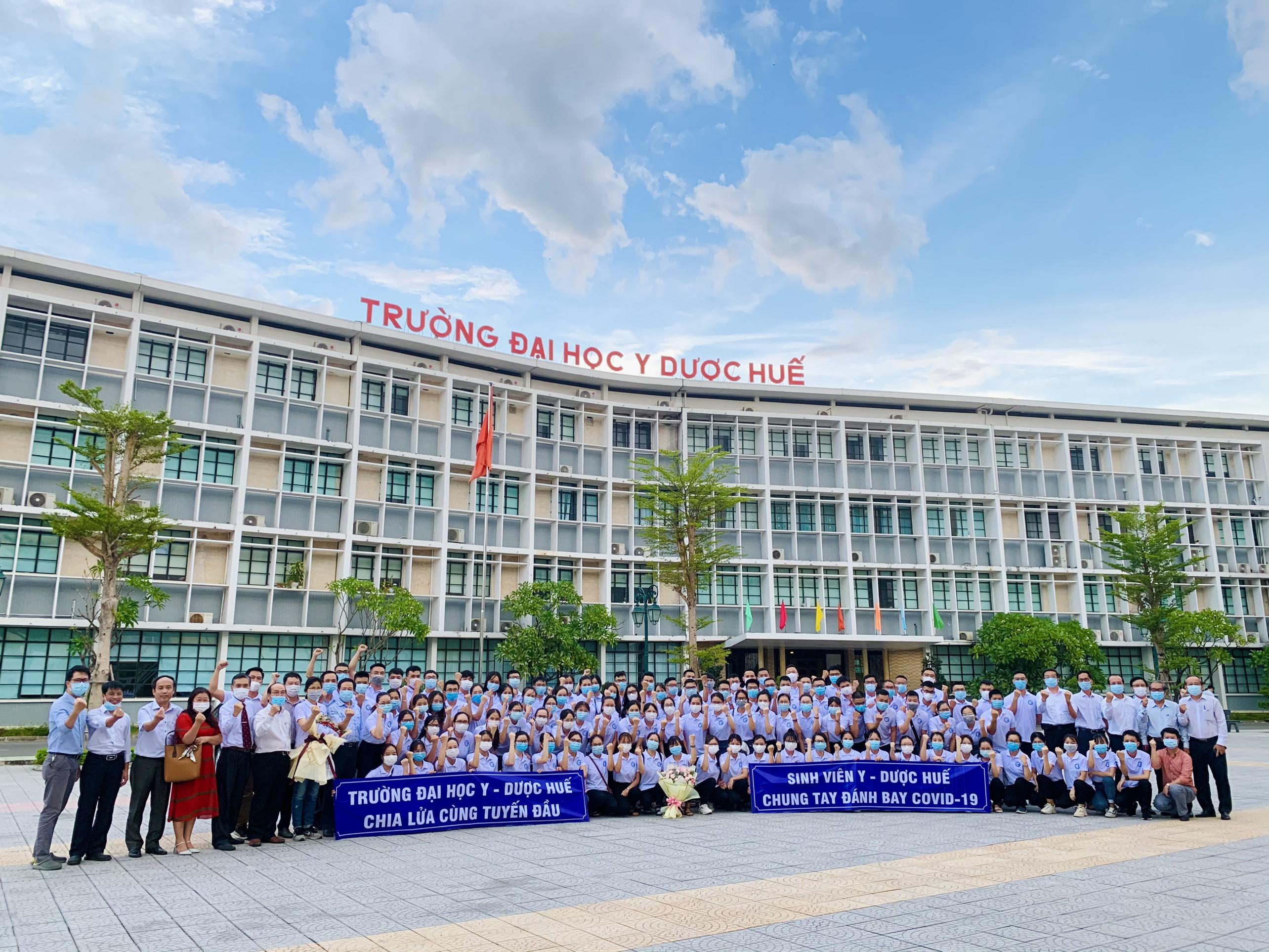Đoàn tình nguyện số 3 Trường Đại học Y - Dược, Đại học Huế hỗ trợ công tác phòng chống dịch bệnh Covid-19 tại tỉnh Đồng Nai