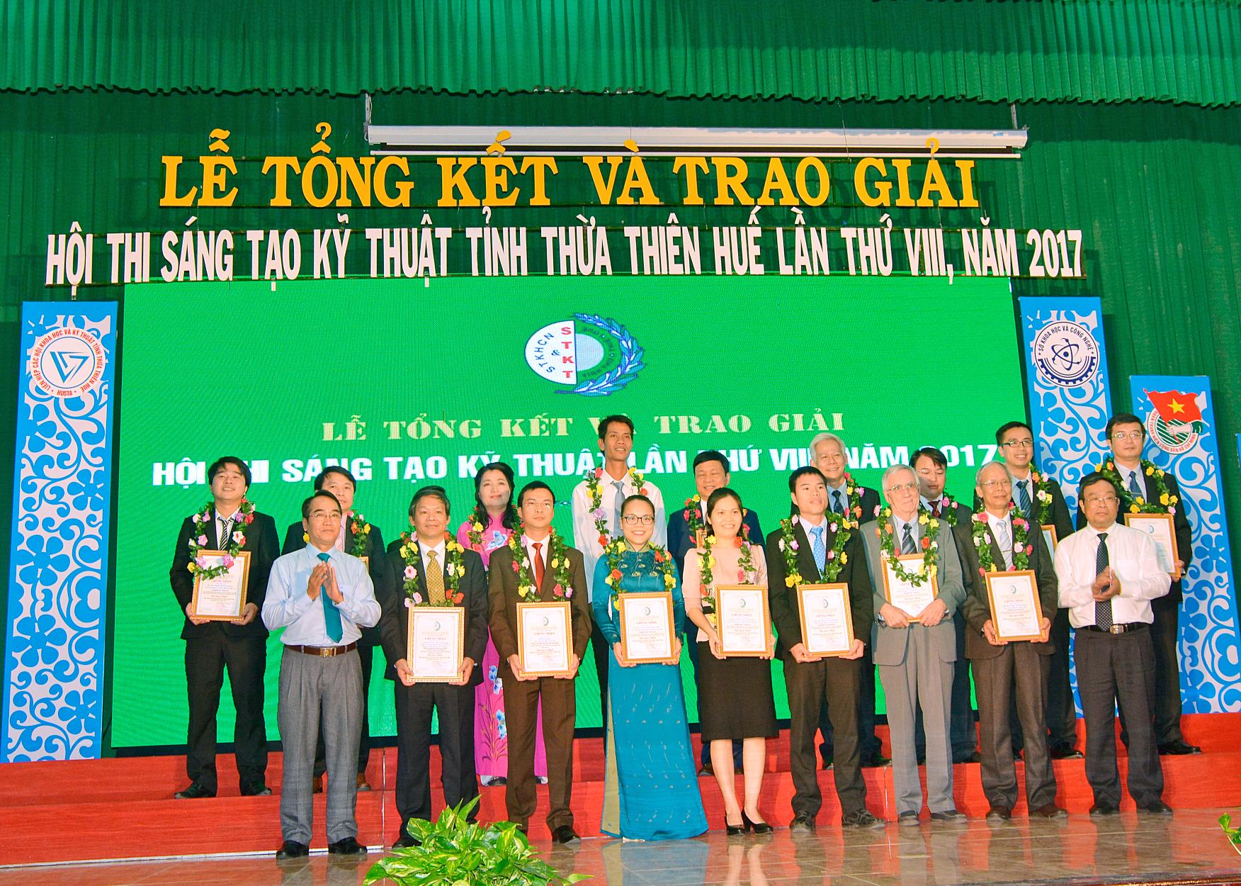 Lễ tổng kết và trao giải Hội thi sáng tạo Kỹ thuật tỉnh T-T-Huế lần thứ 8 năm 2017.