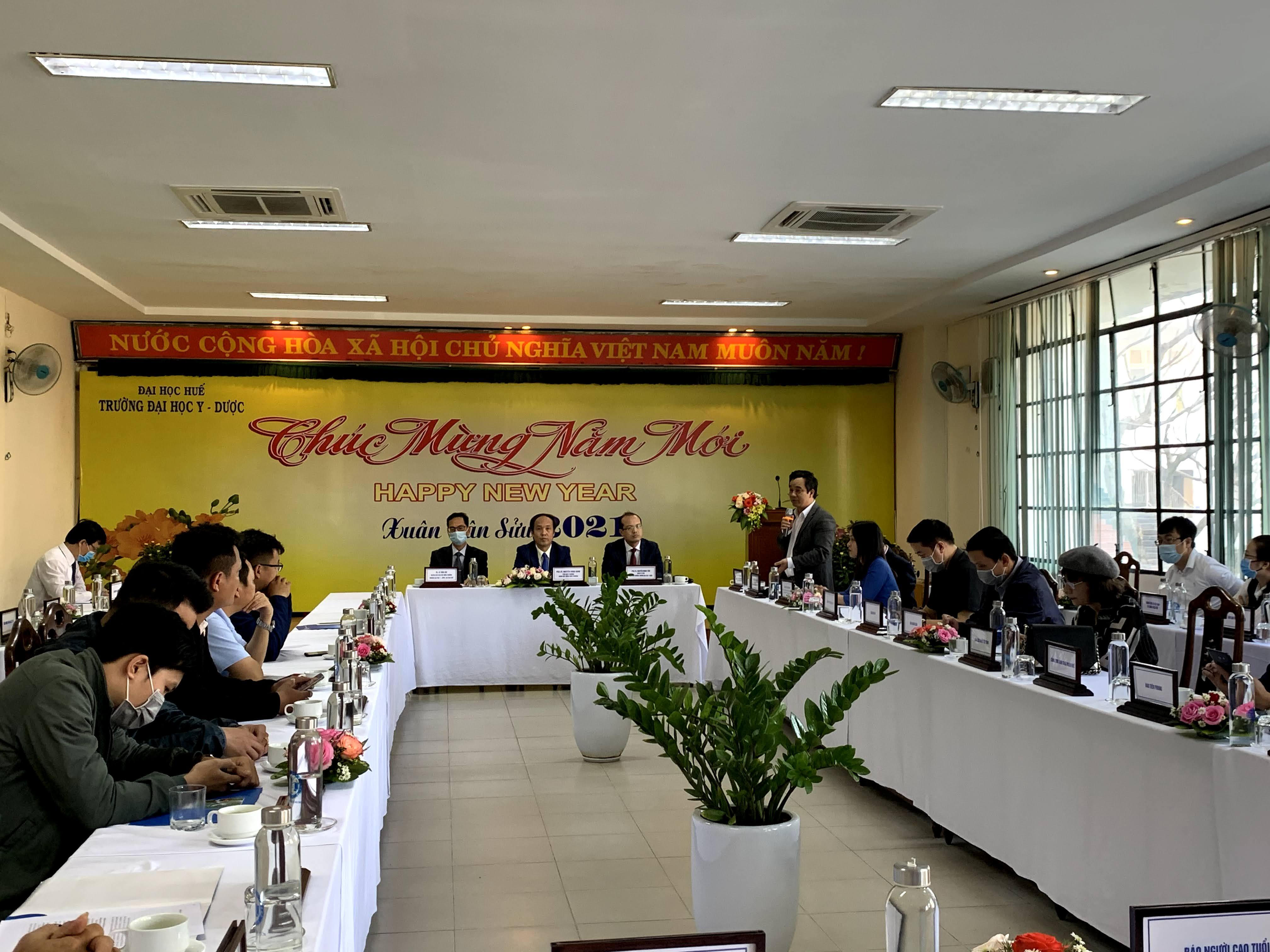 Trường Đại học Y – Dược Huế gặp mặt báo chí trên địa bàn tỉnh Thừa Thiên Huế nhân dịp Xuân Tân Sửu 2021