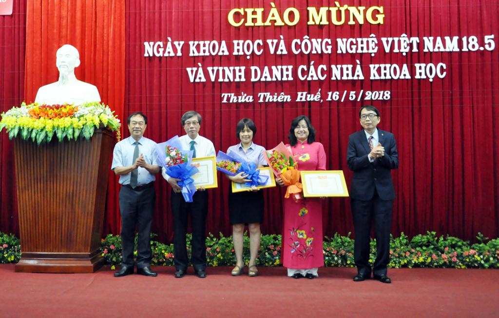 Ngày hội Khoa học Công nghệ Việt Nam và tôn vinh các nhà khoa học