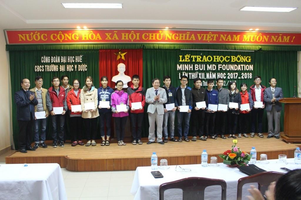 Công đoàn cơ sở Trường Đại học Y Dược Huế tổ chức lễ trao học bổng Minh Bui Foundation lần thứ 12 cho sinh viên