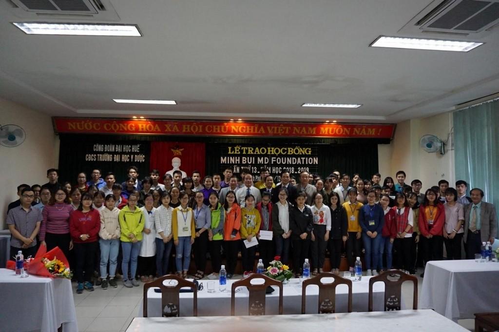 Công đoàn Trường Đại học Y Dược Huế tổ chức lễ trao học bổng Minh Bui Foundation lần thứ 13 năm học 2018-2019