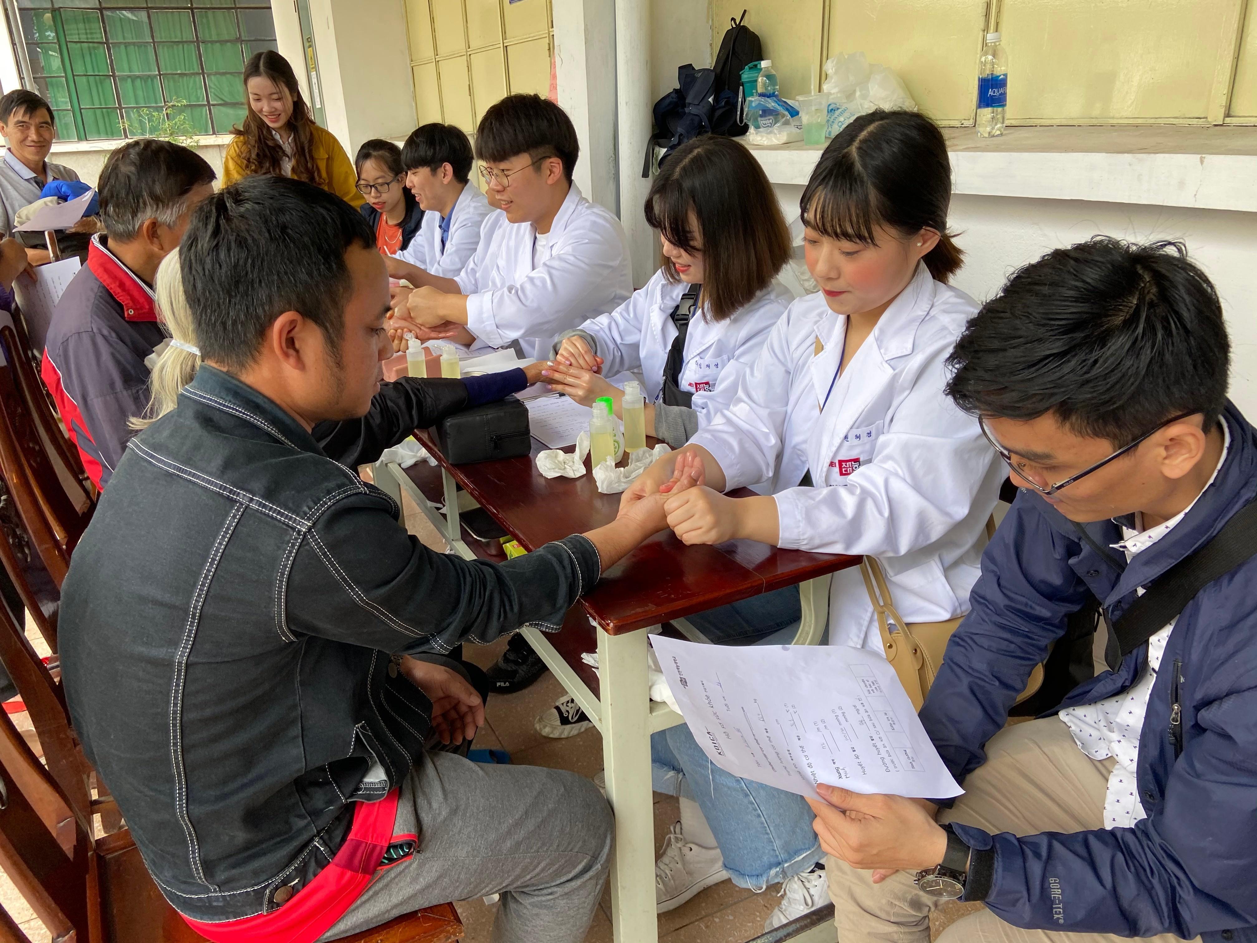 Chuỗi hoạt động ngày hội sức khỏe tại Trường tiểu học Hương Sơ