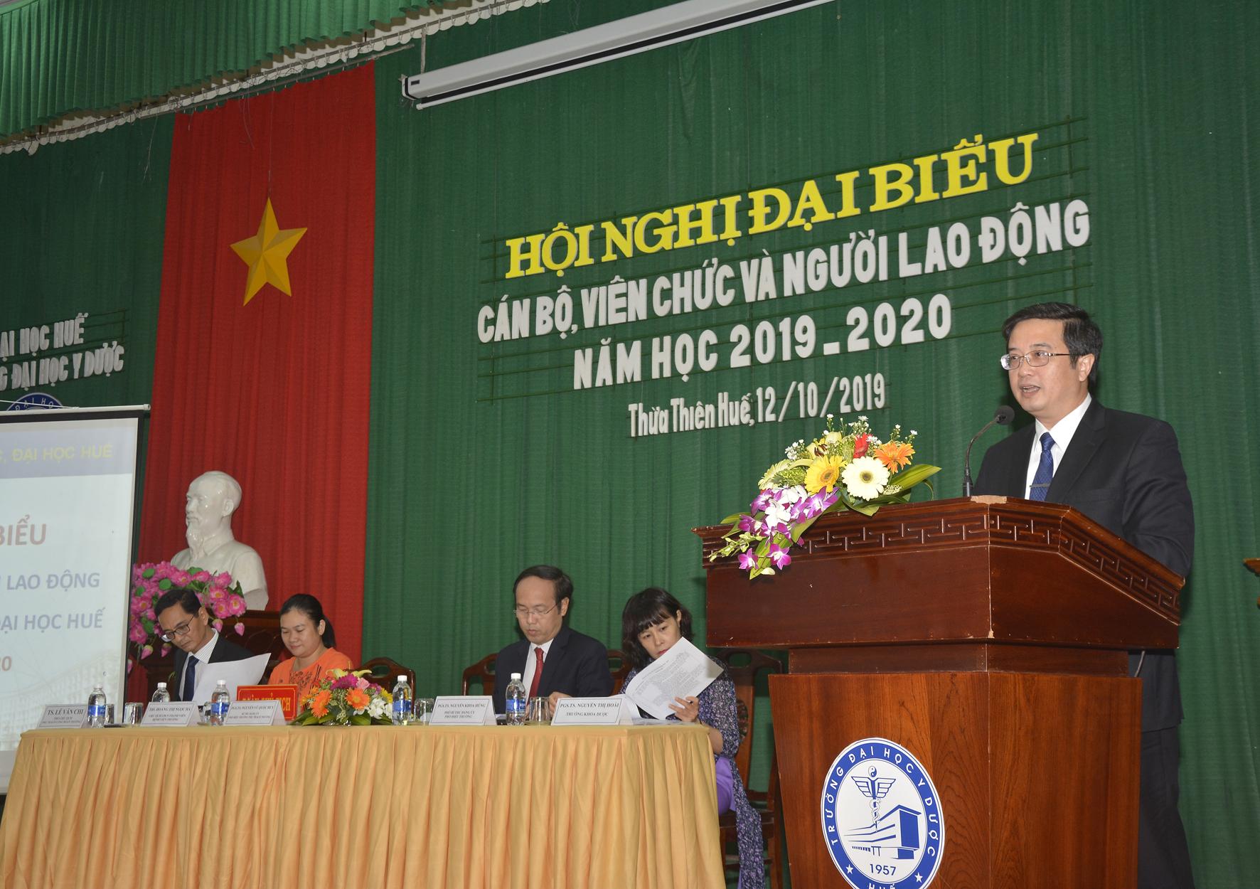 Hội nghị đại biểu cán bộ, viên chức, người lao động Trường Đại học Y Dược Huế năm học 2019-2020