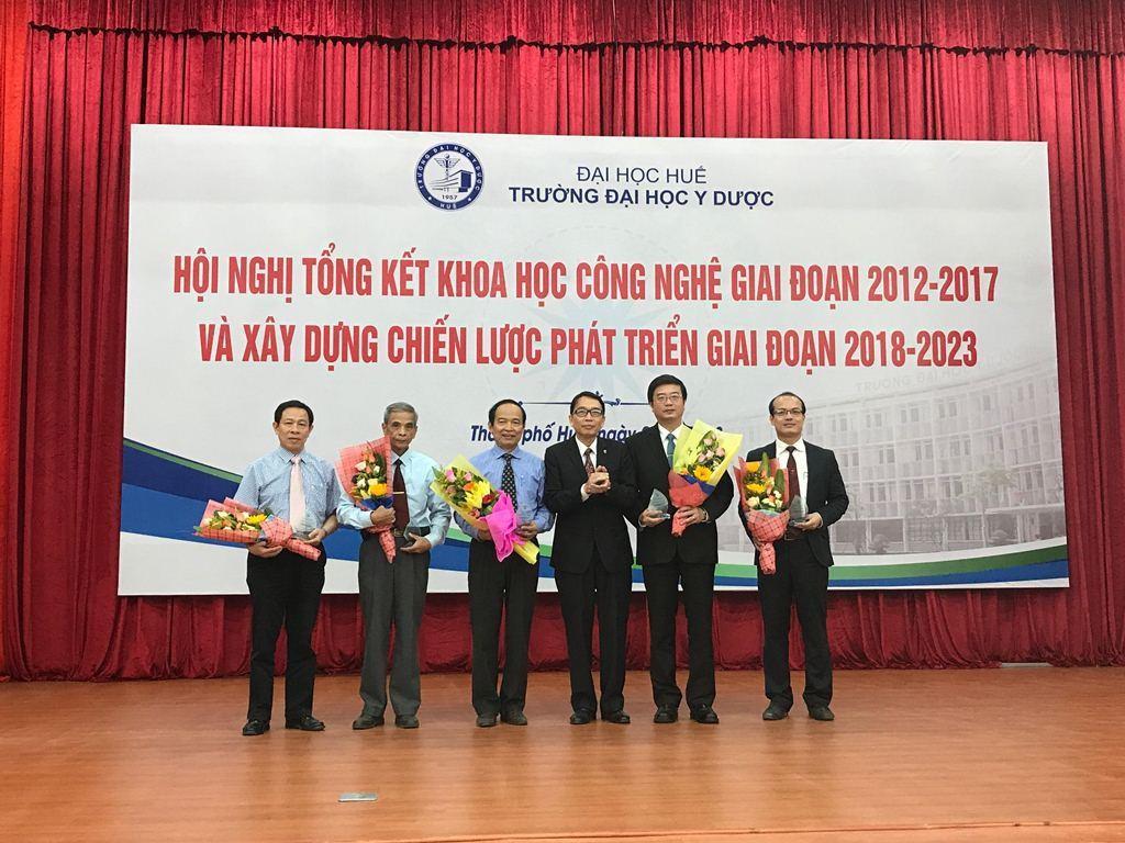 Hội nghị tổng kết Khoa học Công nghệ 2012 -2017 và xây dựng chiến lược phát triển giai đoạn 2018-2023