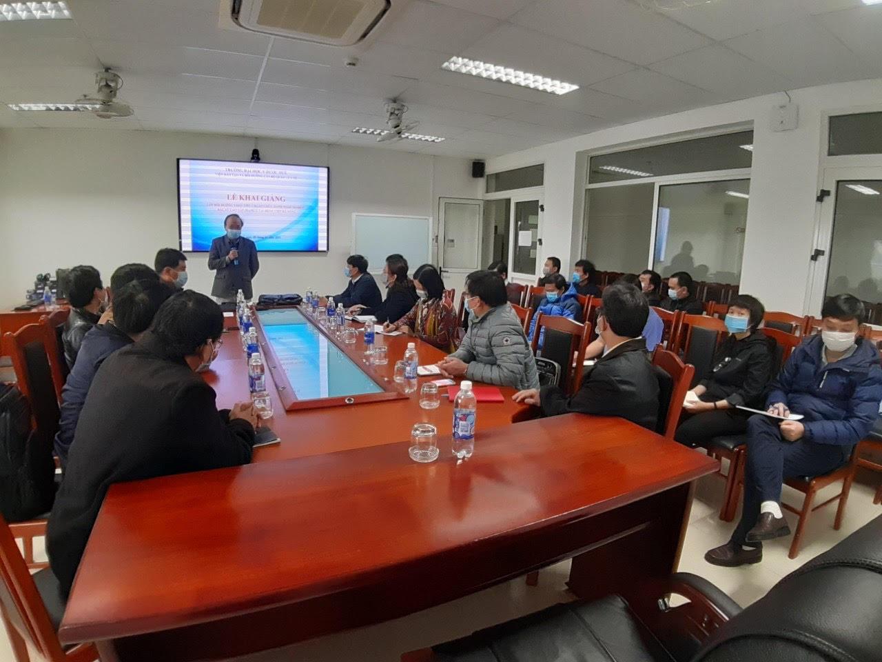 Khai giảng lớp bồi dưỡng theo tiêu chuẩn chức danh nghề nghiệp bác sĩ cao cấp tại Bệnh viện Đà Nẵng