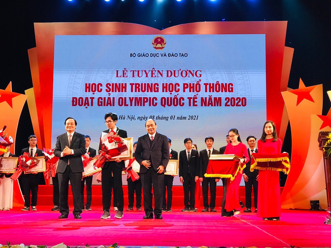 Sinh viên Hồ Việt Đức – Ngành Y khoa được tuyên dương đạt thành xuất sắc trong kỳ thi Olympic quốc tế năm 2020