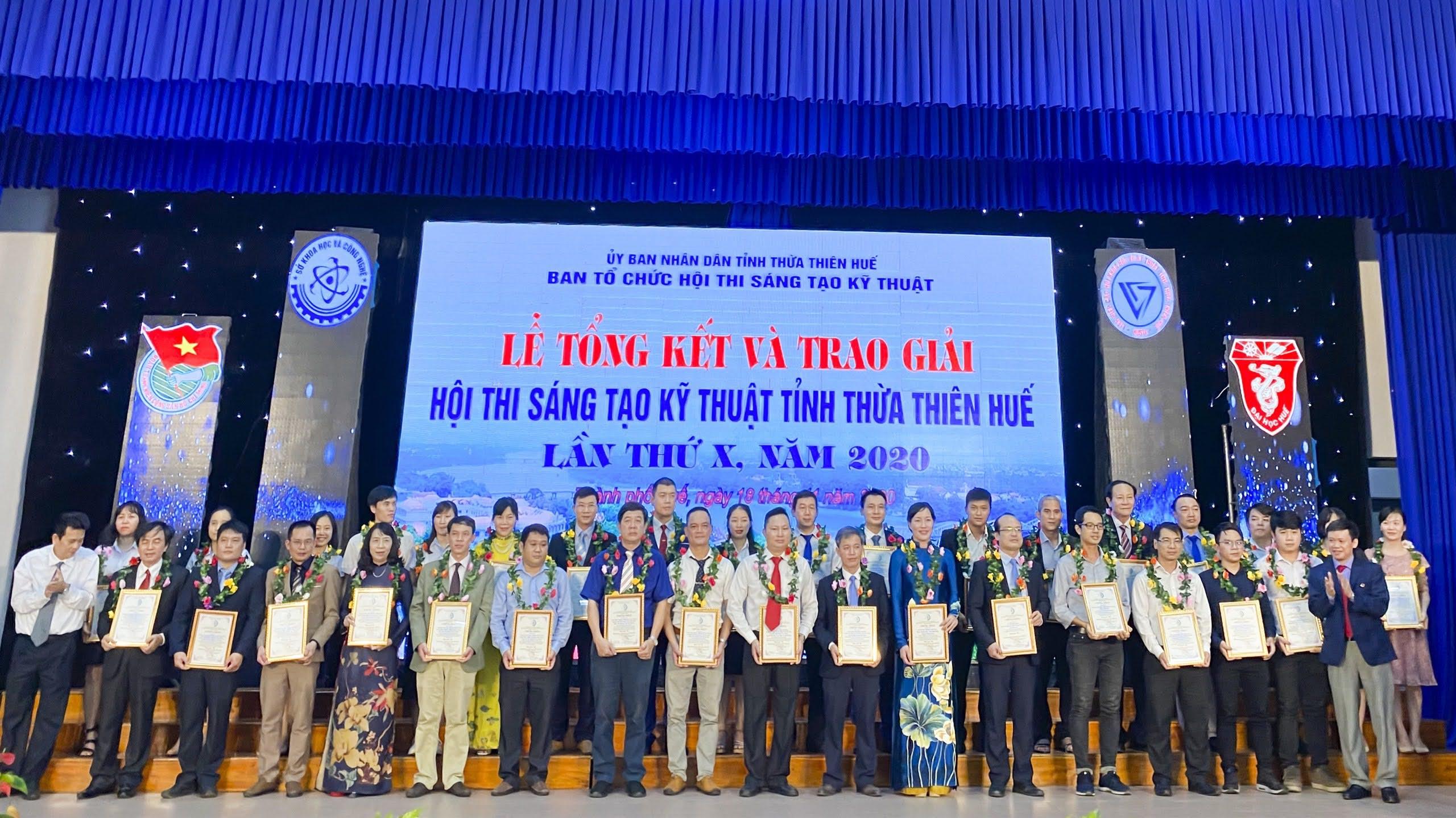 Trường Đại học Y Dược có 7 đề tài đạt giải thưởng tại Hội thi Sáng tạo Kỹ thuật tỉnh Thừa Thiên Huế năm 2020