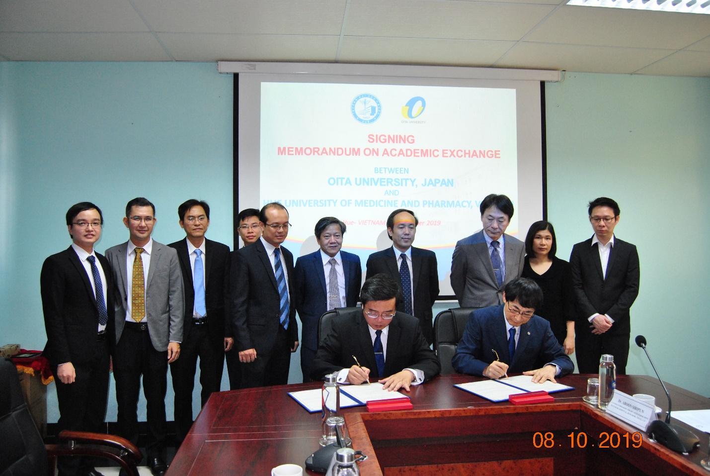 Lễ ký kết Biên bản ghi nhớ giữa Trường Đại học Y Dược Huế và Đại học Oita, Nhật Bản và Hội thảo nội soi tiêu hóa APSDE VFDE Local Train-the-Trainer lần VIII