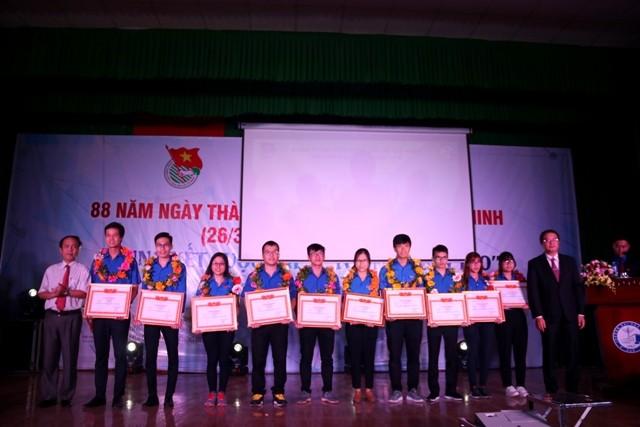 Đoàn Thanh niên Trường tổ chức kỷ niệm ngày thành lập Đoàn và chung kết cuộc thi ý tưởng sáng tạo 2019