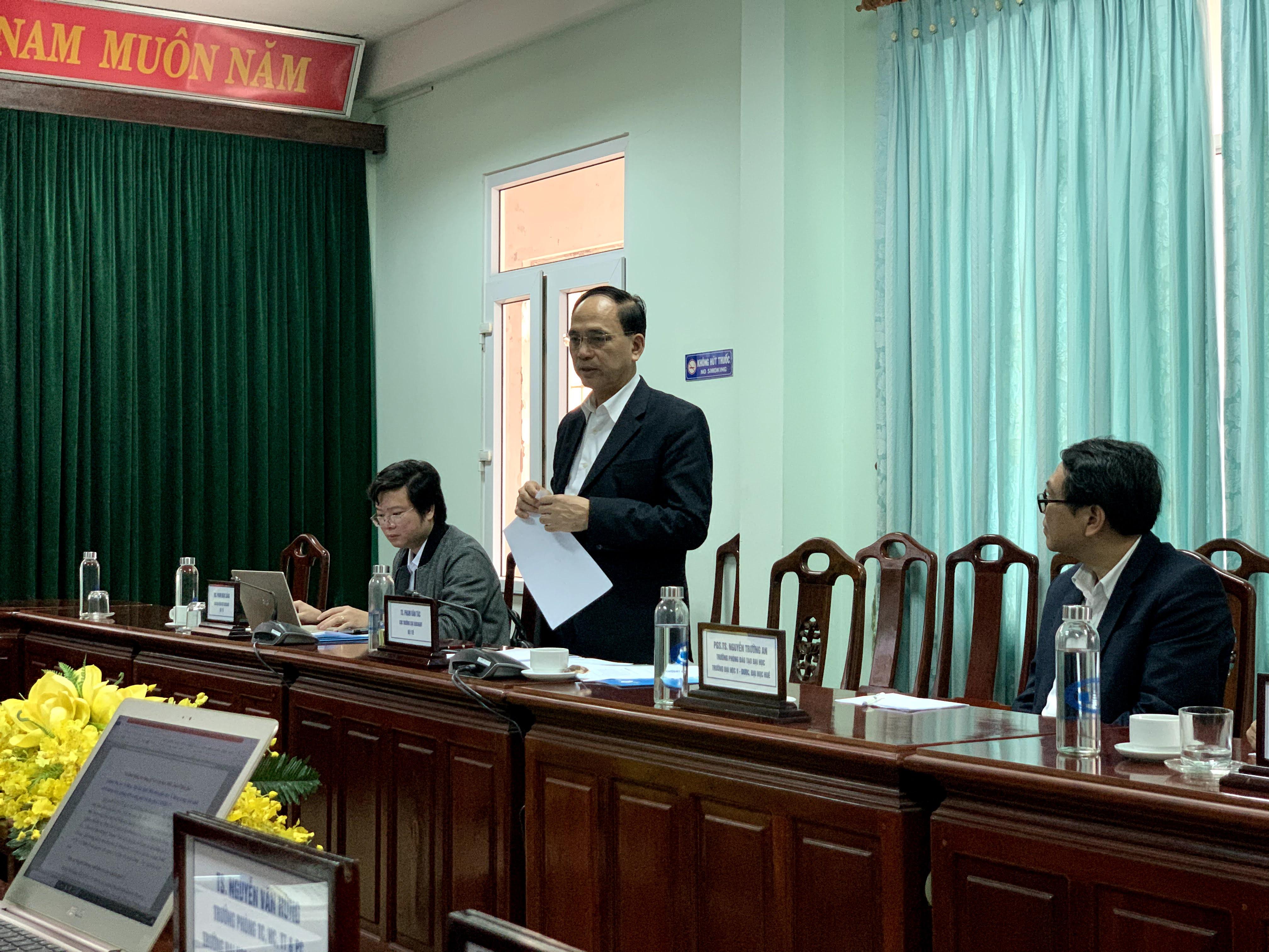 Làm việc với Cục Khoa học Công nghệ và Đào tạo, Bộ Y tế về kế hoạch xây dựng và phát triển Trường giai đoạn 2025-2030