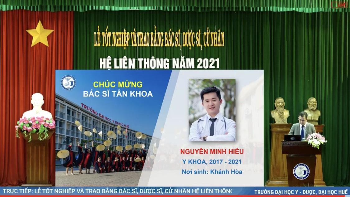Lễ Tốt nghiệp và trao bằng tốt nghiệp đại học cho sinh viên hệ liên thông năm học 2020-2021