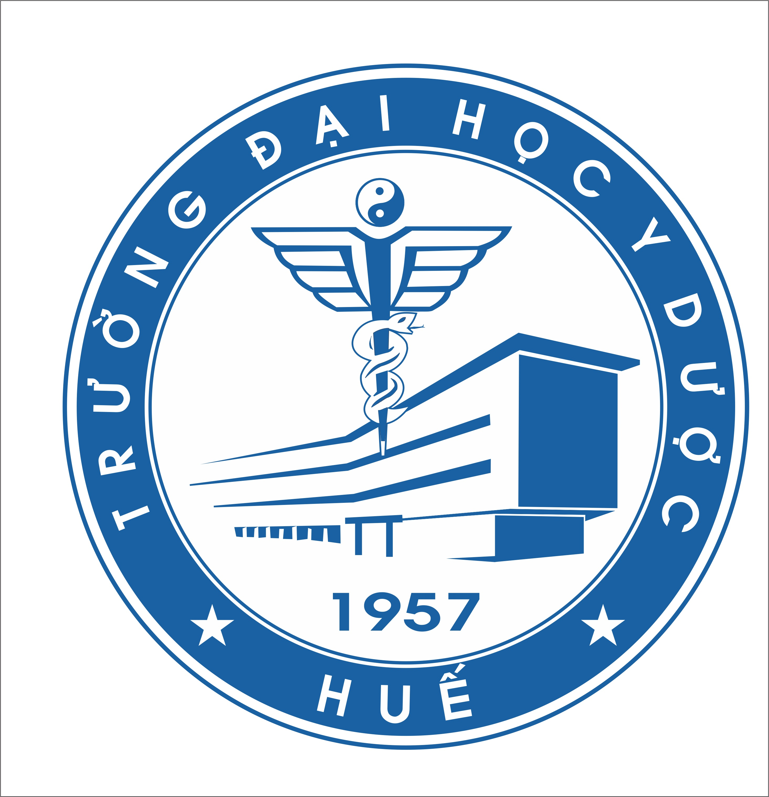 Tập thể và cá nhân Trường Đại học Y Dược Huế được vinh danh tại Đại hội thi đua yêu nước lần thứ VII