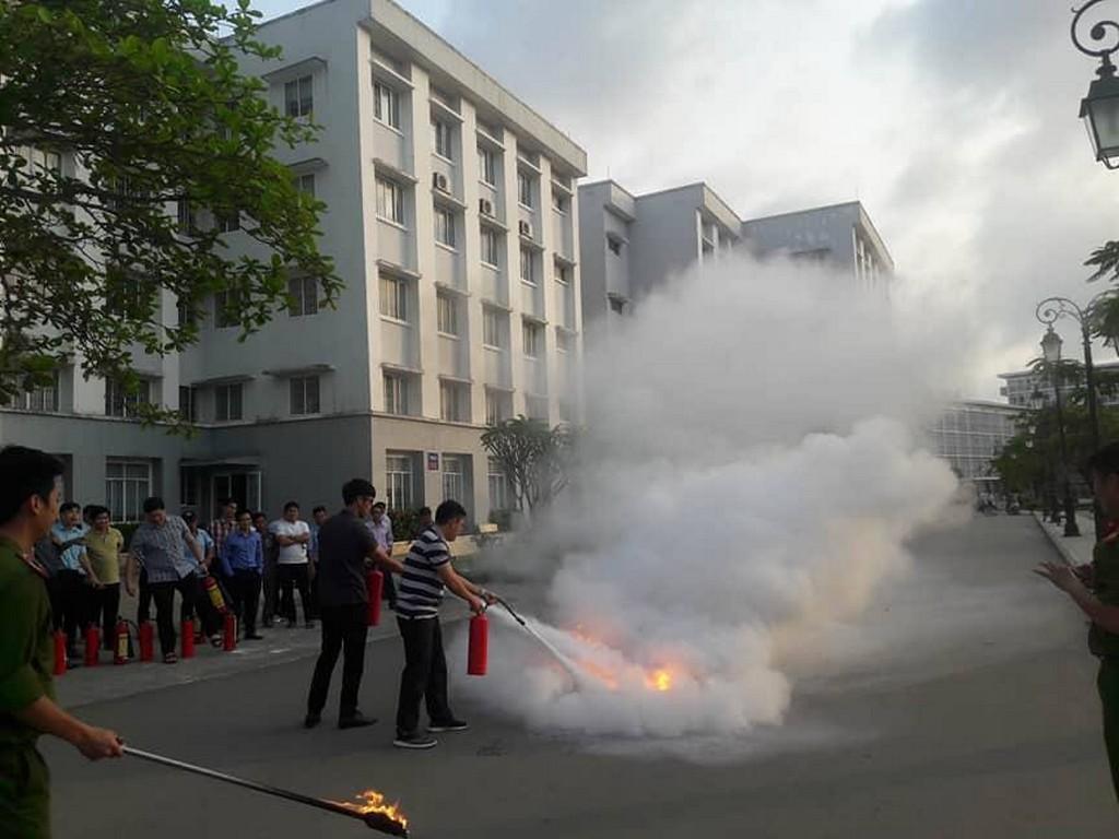 Tập huấn nghiệp vụ phòng cháy chữa cháy 2018