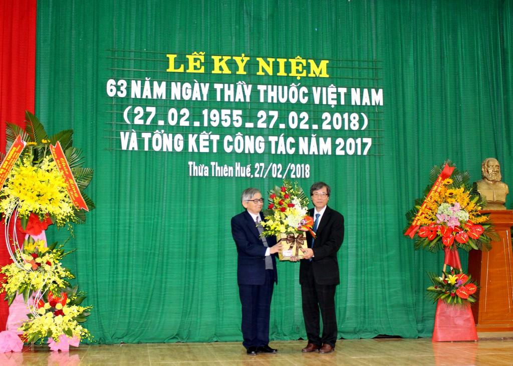 Lễ kỷ niệm 63 năm ngày Thầy thuốc Việt Nam và tổng kết công tác năm 2017