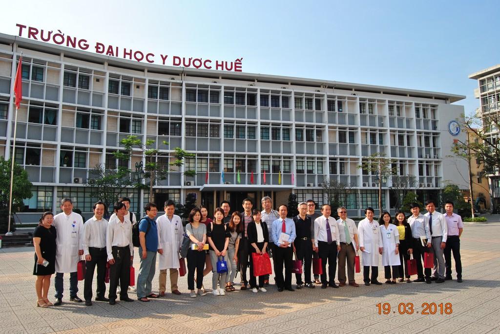 Tổ chức Global Care Hàn Quốc phối hợp Bệnh viện Trường phẫu thuật miễn phí cho trẻ sứt môi, hở hàm ếch.