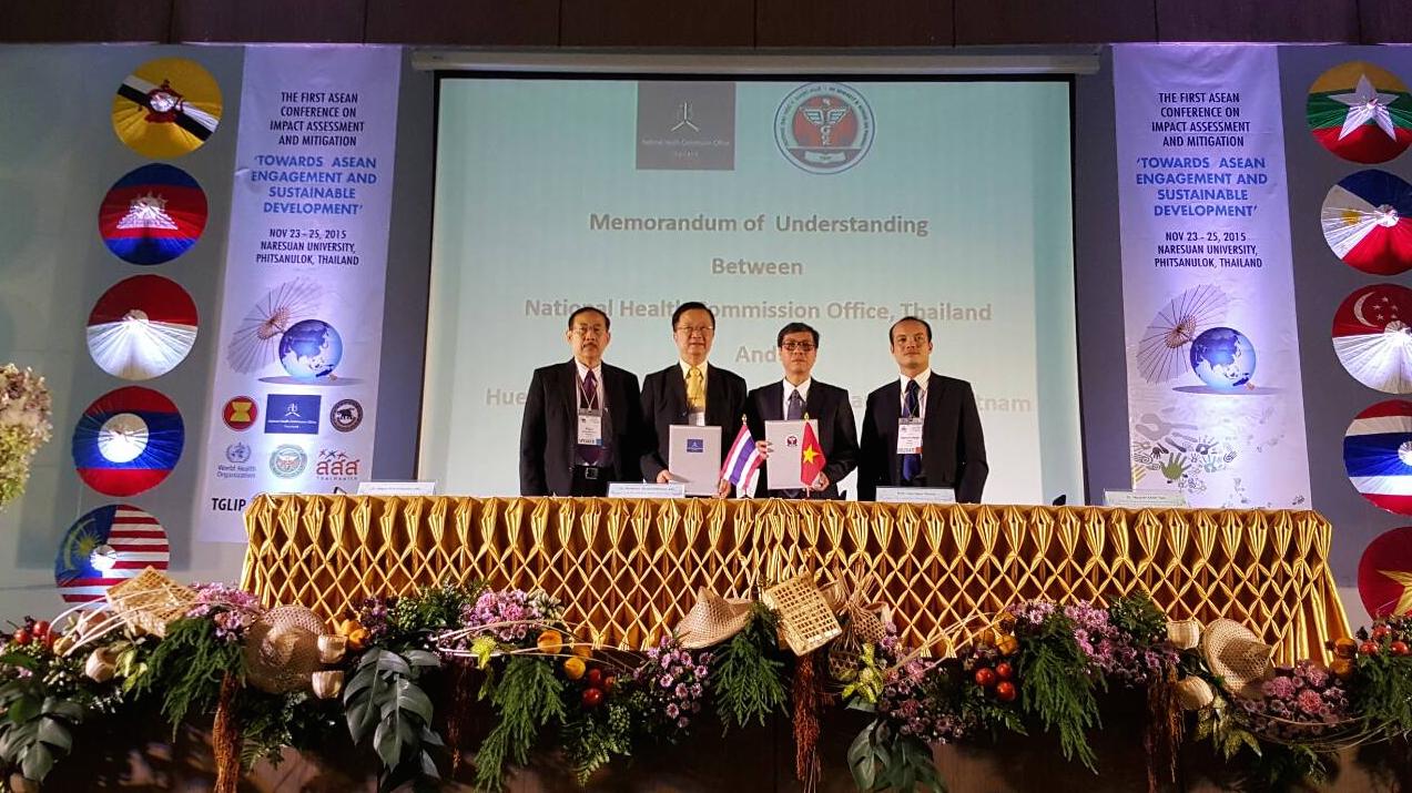 Trường Đại học Y Dược Huế ký văn bản hợp tác với Uỷ ban Y tế Thái Lan và nhận đăng cai Hội nghị ASEAN lần thứ hai về đánh giá tác động y tế hướng đến phát triển ASEAN bền vững