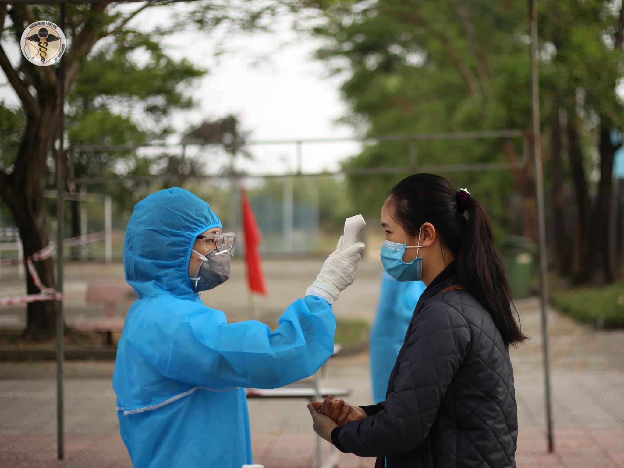 Gần 10.000 sinh viên và học viên ngoại tỉnh đã được xét nghiệm sàng lọc Covid-19 sau kỳ nghỉ Tết Nguyên đán