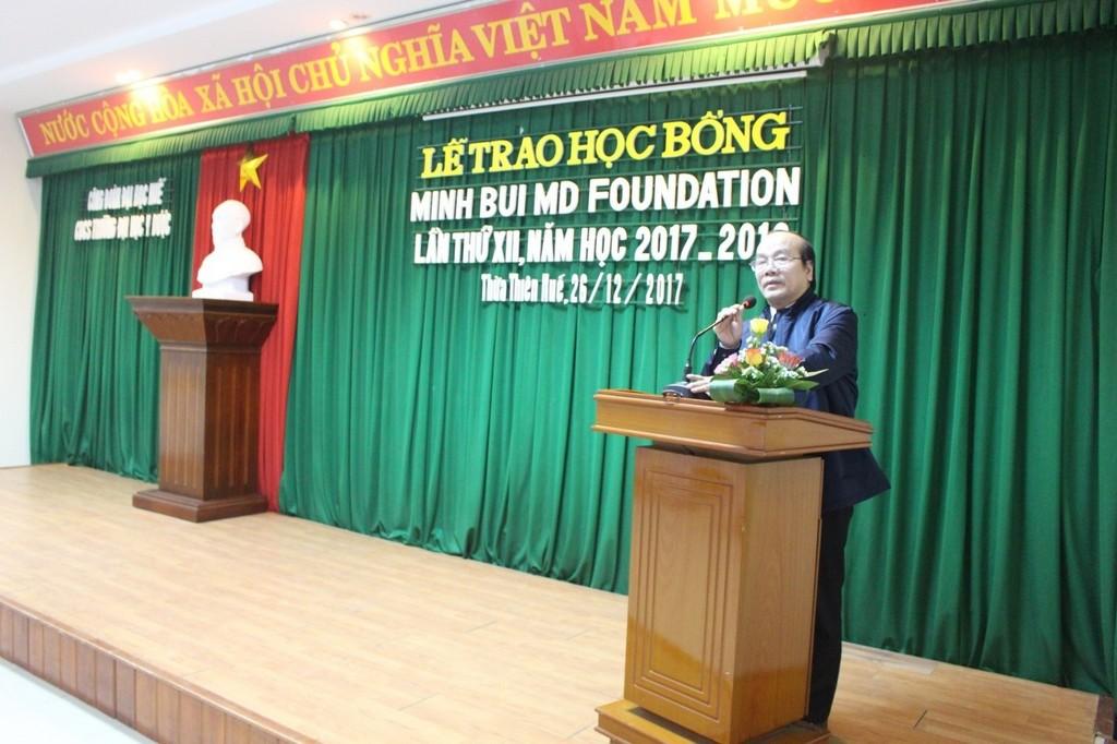GS.TS. Võ Tam phát biểu tại buổi lễ