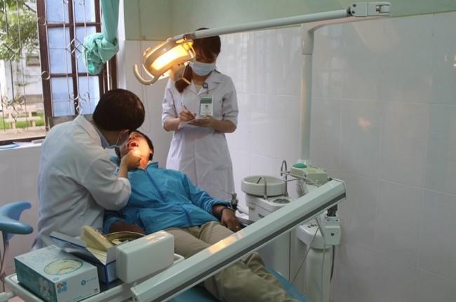 Khám Răng hàm mặt