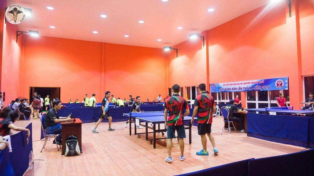 Các đơn vị cùng tham gia thi đấu giải bóng bàn hội thể thao ĐH và CN Huế lần thứ 10.