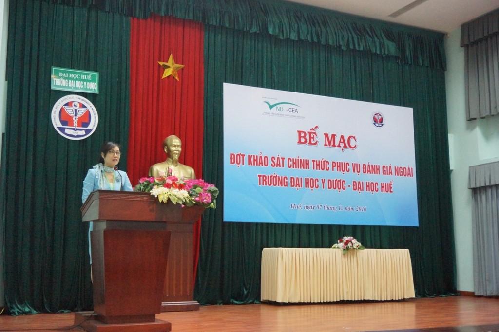 TS.Tạ Thị Thu Hiền, Phó Giám đốc Trung tâm KĐCL-ĐHQGHD phát biểu tại lễ bế mạc.