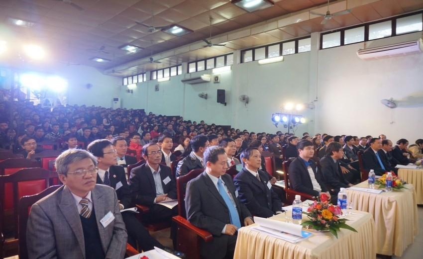 Đại hội Đại hội đại biểu Đoàn TNCS Hồ Chí Minh Trường Đại học Y Dược lần thứ XIII, nhiệm kỳ 2017-2019 diễn ra trong không khí sôi nổi.