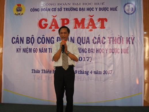 Đ/c Trần Văn Hòa, Chủ tịch Công đoàn đương nhiệm từ 2010-2018  phát biểu chào đón các thế hệ cán bộ công đoàn về dự buổi gặp mặt.