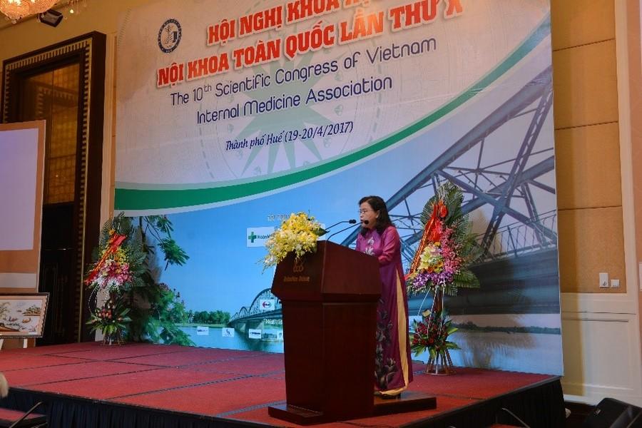 Phát biểu của PGS.TS Nguyễn Thị Xuyên – Nguyên thứ trưởng Bộ Y tế, Chủ tịch Tổng Hội Y học Việt Nam tại Hội nghị