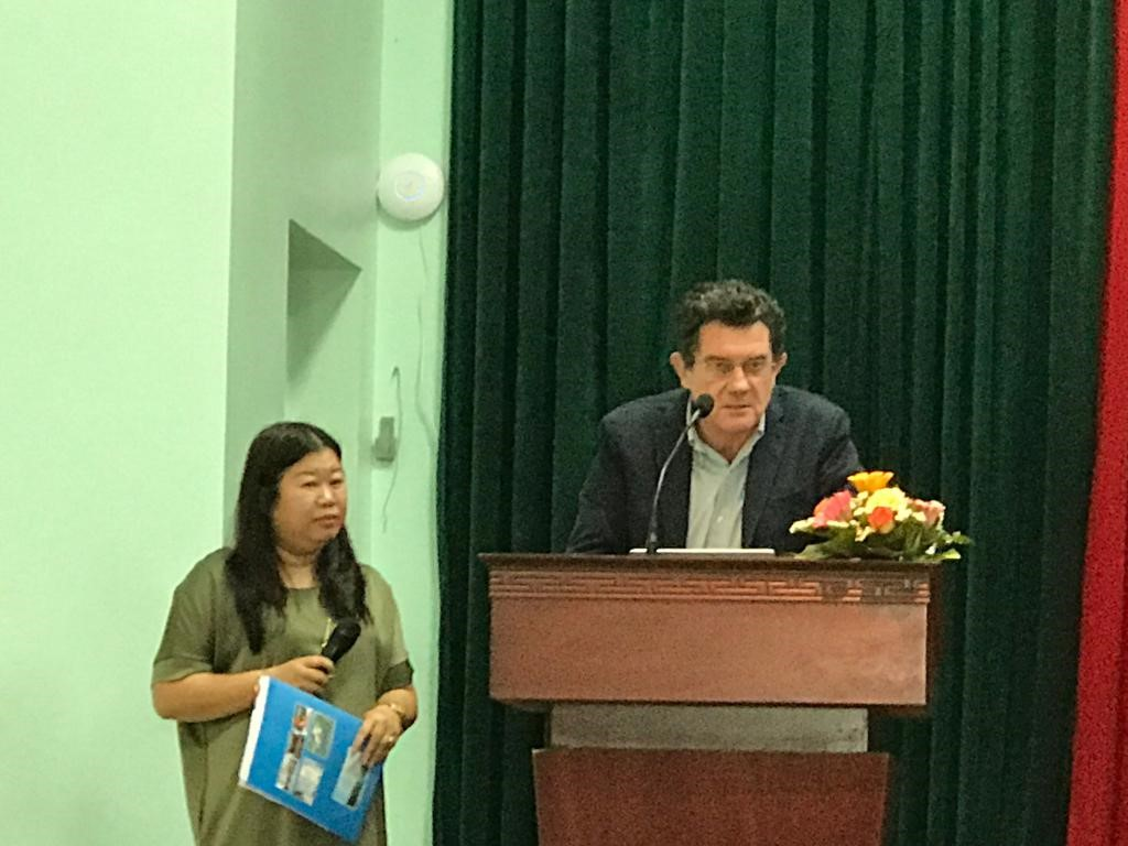 hát biểu tại buổi lễ, Ông Martino Melli, Giám đốc Cơ quan Hợp tác phát triển Ý tại Hà Nội đánh giá cao những kết quả đạt được của Dự án và mong muốn tiếp tục những hợp tác khác với Trường ĐH Y Dược Đại học Huế trong những năm tiếp theo